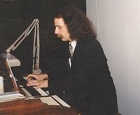 Walter Buckingham Musician is a wedding singer and performer and a wedding organist.